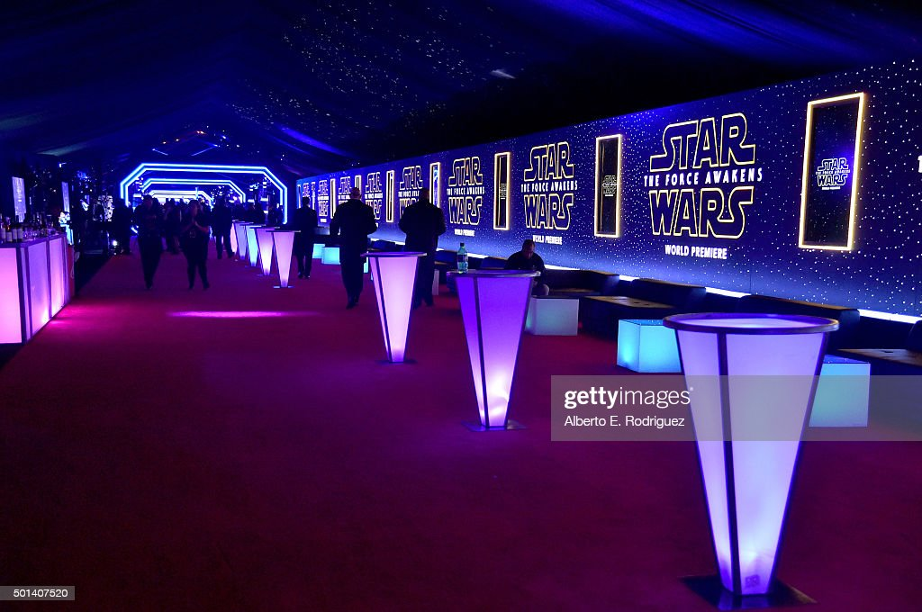 """Premiere Of """"Star Wars: The Force Awakens"""" - After Party : News Photo"""