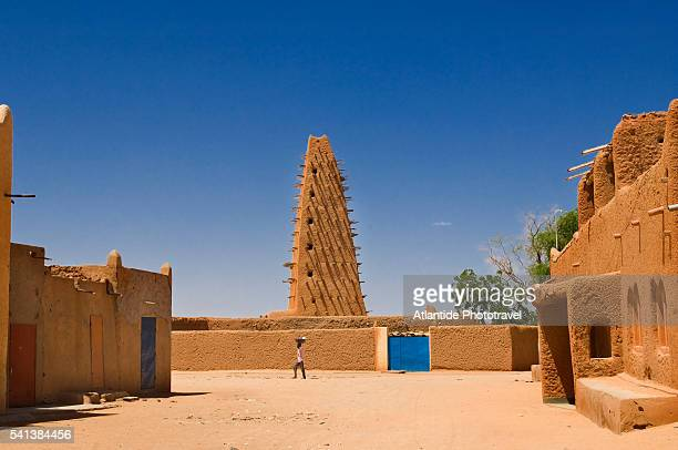 view of the ancient mosque - nigeria stock pictures, royalty-free photos & images