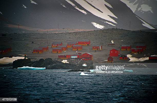 View of the Argentinian Esperanza military base from the Brazilian Navy's Oceanographic Ship Ary Rongel in Antarctica on March 5, 2014. AFP PHOTO...