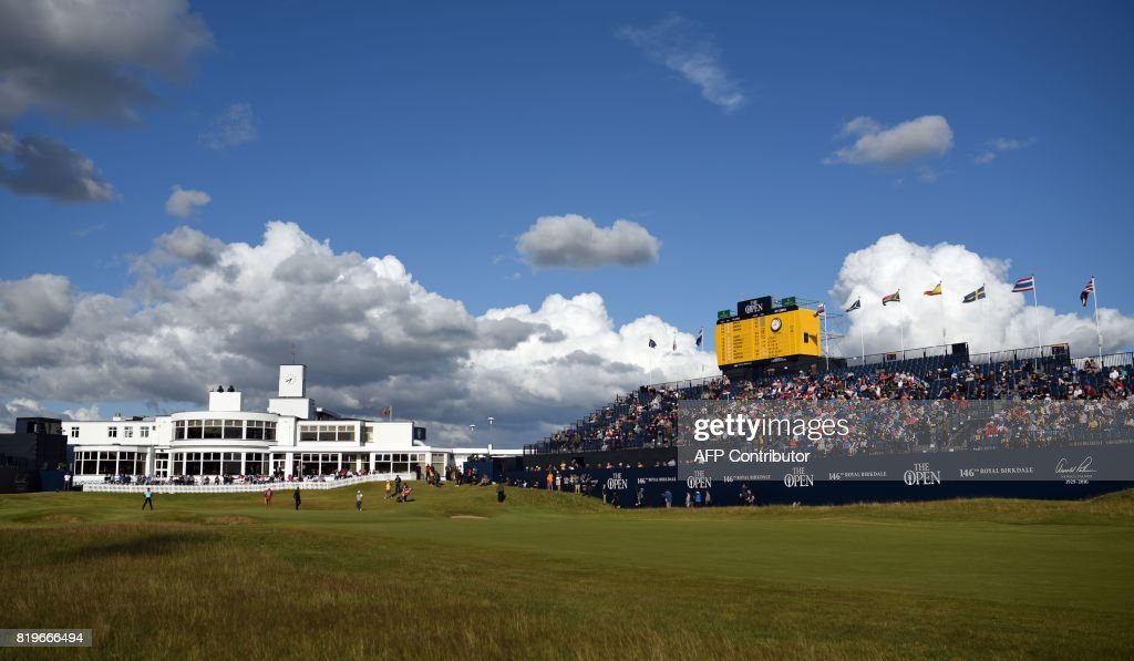 View of the Art-Deco-style clubhouse seen from the 18th fairway on the first day of the Open Golf Championship at Royal Birkdale golf course near Southport in north west England on July 20, 2017. / AFP PHOTO / Oli SCARFF / RESTRICTED