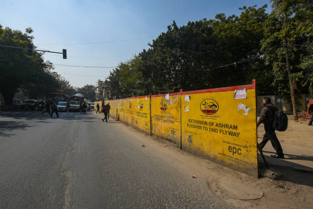 IND: Construction Site Of Ashram Flyover To DND Flyway Extention Project