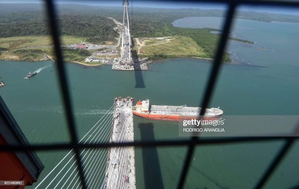 PANAMA-CANAL-BRIDGE-CONSTRUCTION : Nachrichtenfoto
