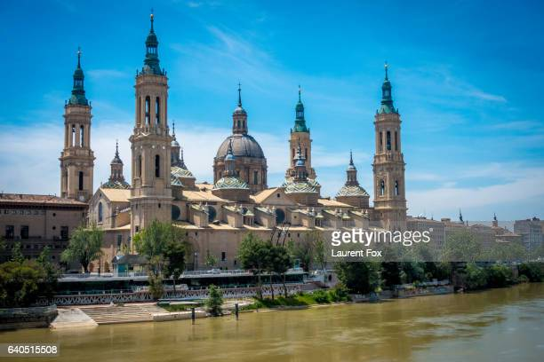 A view of the Basilica-Cathedral of Our Lady of the Pillar next to the Ebro River.