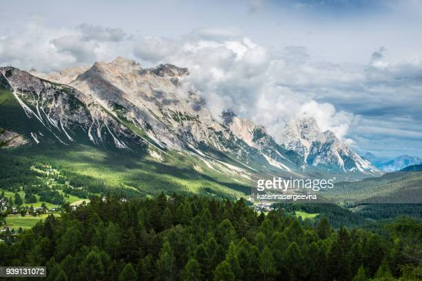 view of the city cortina d'ampezzo. dolomites alps. italy - mountain pass stock pictures, royalty-free photos & images