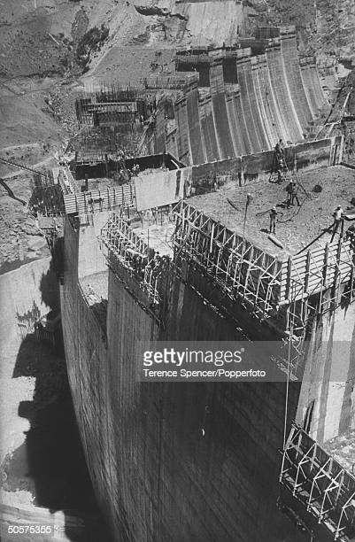 A view of the construction of the Kariba Dam
