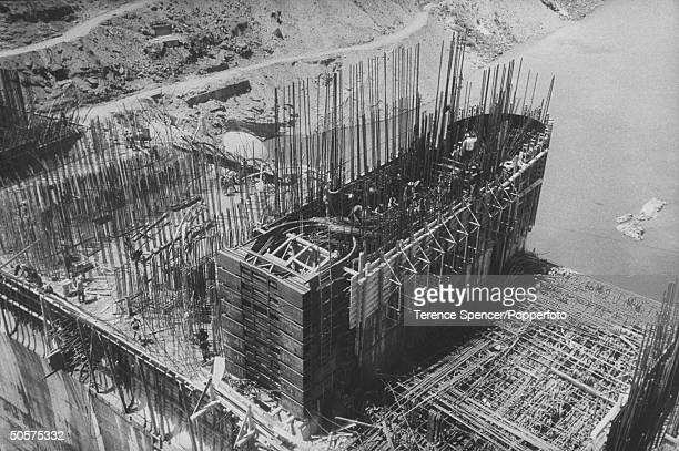 A view of the constrution of the Kariba Dam