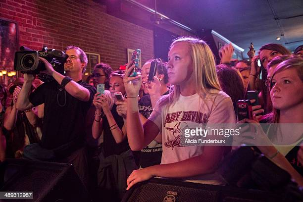 A view of the crowd as 'American Idol' finalist Caleb Johnson performs at The Emerald Lounge during his homecoming on May 10 2014 in Asheville North...