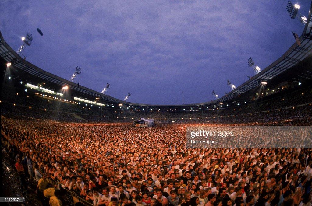 Live Aid Crowd : Foto jornalística
