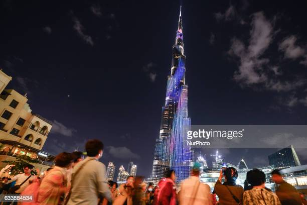 A view of the crowd taking pictures around the Burj Khalifa in Dubai downtown area On Saturday 4 February 2017 in Dubai UAE