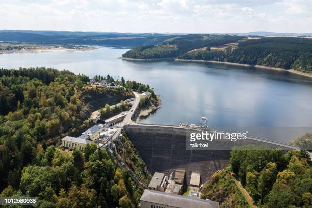 view of the dam wall of the bleiloch dam, thuringia, germany - thuringia stock pictures, royalty-free photos & images