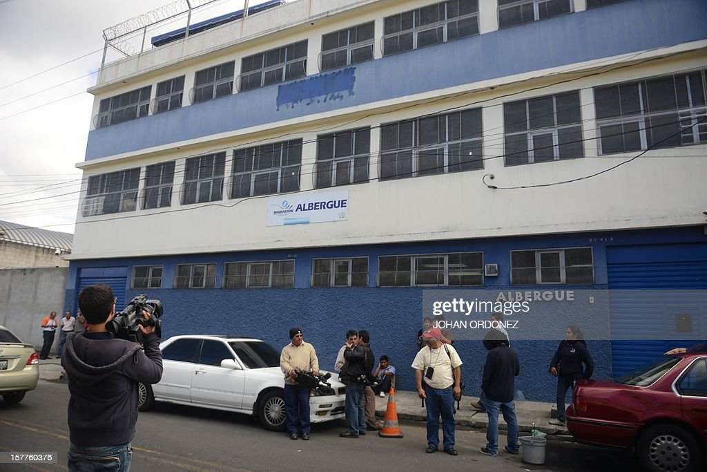 View of the detention center of the immigration departament in Guatemala City where US anti-virus software pioneer John McAfee is held under custody on December 06, 2012, after he was arrested in the Guatemalan capital for illegal entry, according to police. McAfee requested political asylum in Guatemala, his lawyer said December 5, 2012, after fleeing Belize, where he is wanted for questioning over his neighbor's murder.AFP PHOTO/Johan ORDONEZ