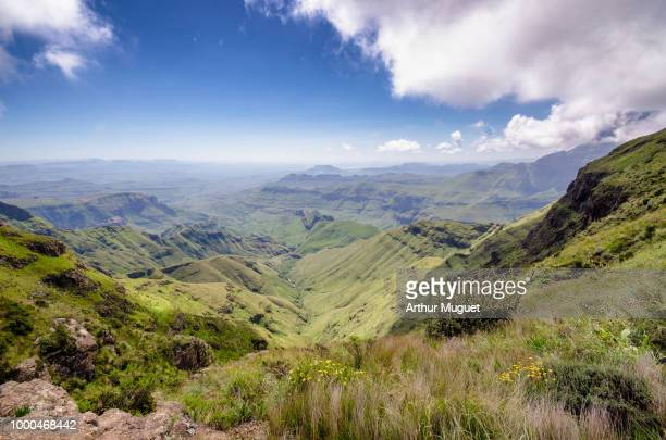 view of the drakensberg - muguet stock pictures, royalty-free photos & images