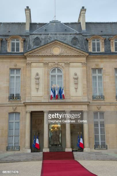 View of the Elysee Presidential Palace with the red carpet prior to the Emmanuel Macron's formal inauguration ceremony at Elysee Palace on May 14...