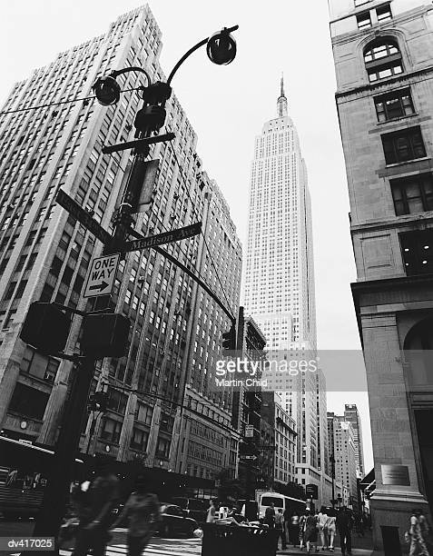 view of the empire state building, new york, usa - madison avenue stock pictures, royalty-free photos & images
