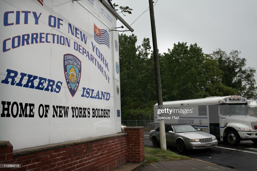 IMF Chief Dominique Strauss-Kahn Held New York City Rikers Island Prison : News Photo