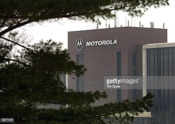 A view of the exterior of the corporate headquarters of Motorola the cellular phone manufacturing company January 16 2001 in Schaumburg IL The...
