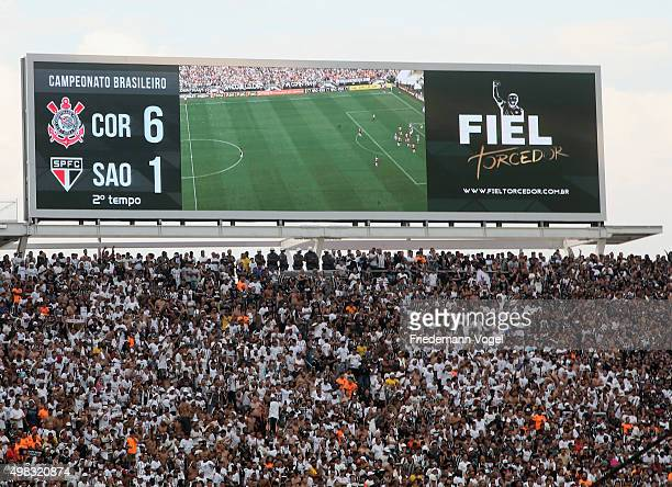 A view of the final result 61 on the scoreboard during the match between Corinthians and Sao Paulo for the Brazilian Series A 2015 at Arena...