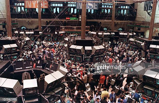 View of the floor of the NewYork Stock Exchange where the Dow Jones dropped over 500 points 19 October 1987 as stocks were devastated during one of...