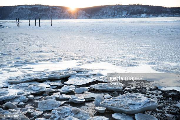 A view of the frozen Hudson river on January 5 2018 in Dobbs Ferry New York Extreme low tempratures and wind are expected throghout the weekend in...