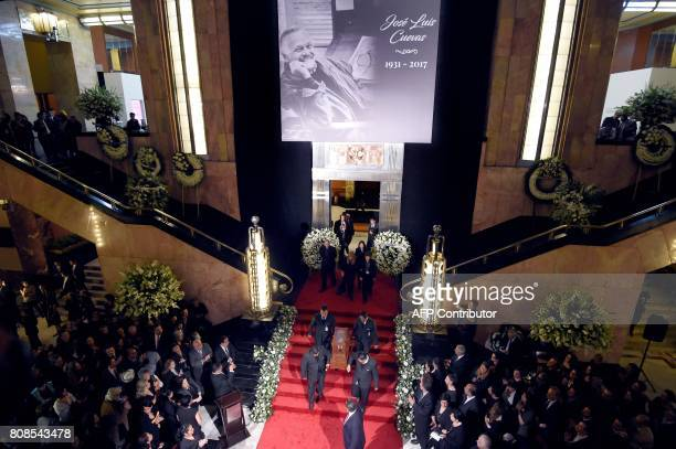 View of the funeral of Mexican painter and sculptur Jose Luis Cuevas during a ceremony in his honor at the Fine Arts Palace in Mexico City on July 4...