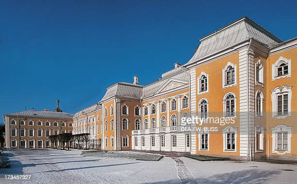 View of the Grand Palace , design by Bartolomeo Francesco Rastrelli , Peterhof Palace , near St Petersburg, Northwestern Federal District, Russia....