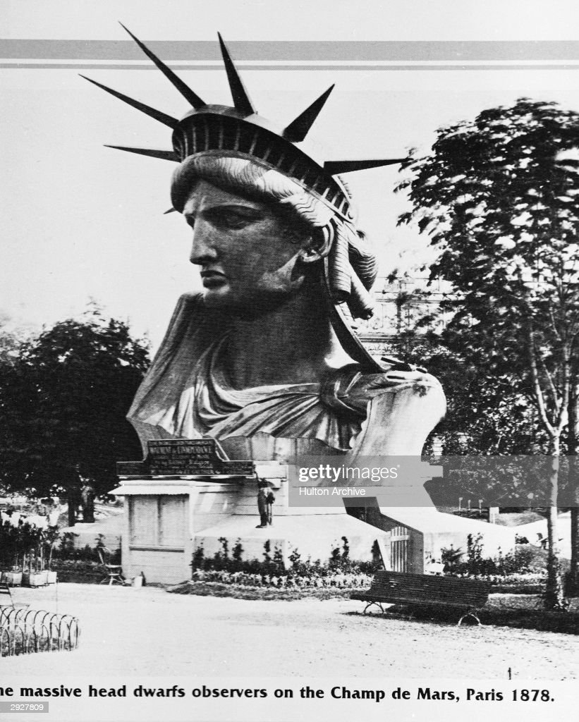 Head of Statue of Liberty In France  : News Photo