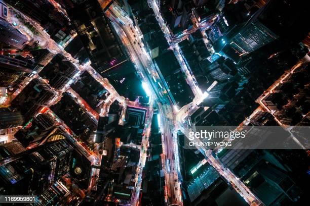 vista dell'hong kong di notte - industria energetica foto e immagini stock