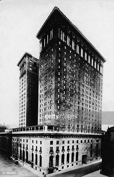 View of the Hotel Biltmore located between 43rd and 44th Streets and Madison and Vanderbilt Avenues New York New York 1920s The hotel once a part of...