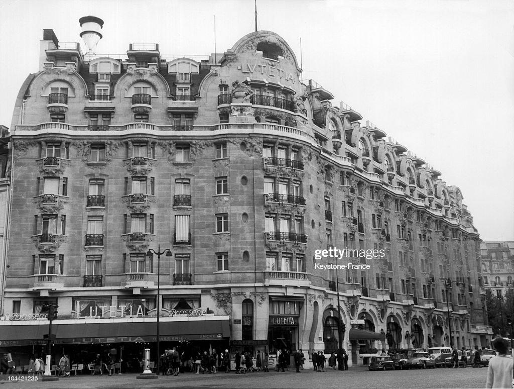 The Hotel Lutetia In Paris In 1968 : News Photo