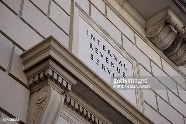 A view of the Internal Revenue Service's headquarters March 24 2016 in Washington DC / AFP / Brendan Smialowski