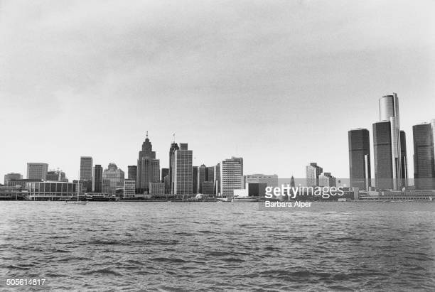 A view of the International Riverfront in Detroit Michigan USA taken from across the Detroit River in Windsor Ontario Canada 1986 The Cobo Center is...