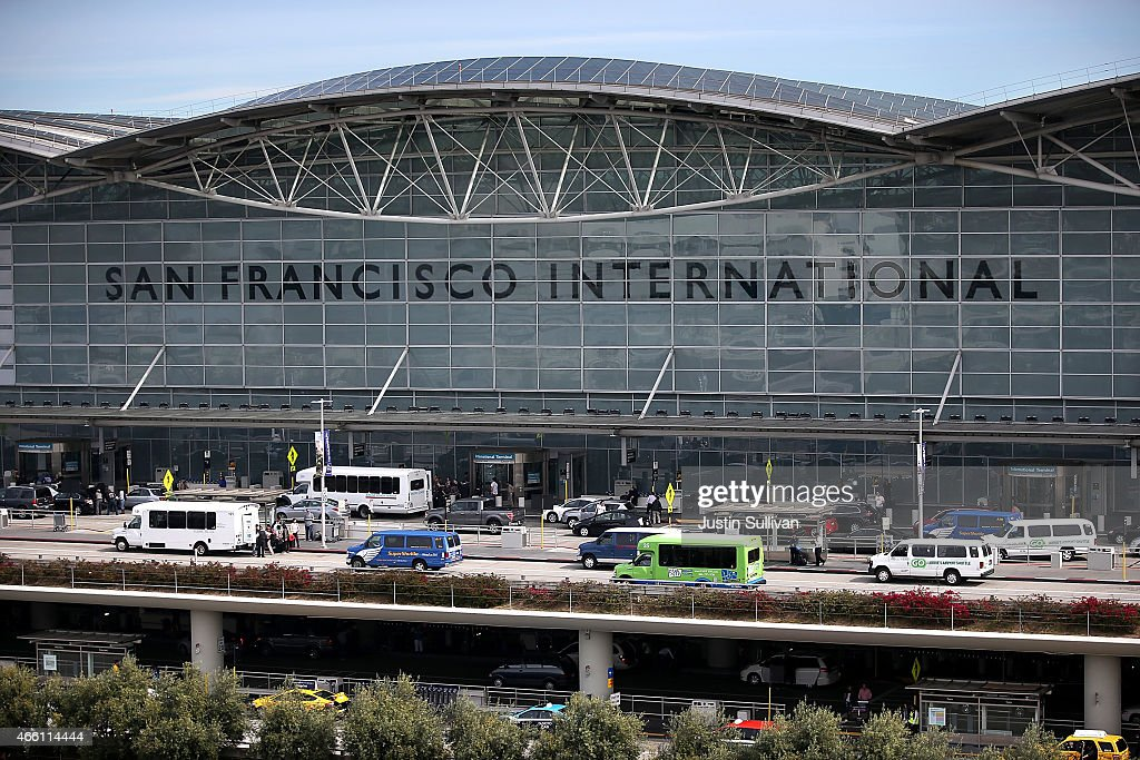 San Francisco International Airport Named Best In Customer Service : News Photo