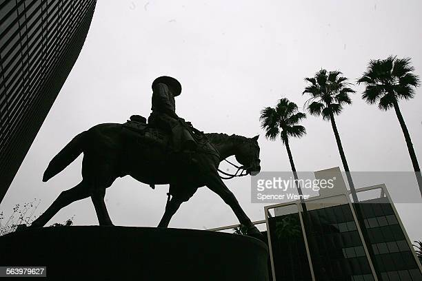 View of the John Wayne statue in Beverly Hills January 3rd 2008 The statue is located in front of the former Great Western Bank on Wilshire Blvd in...