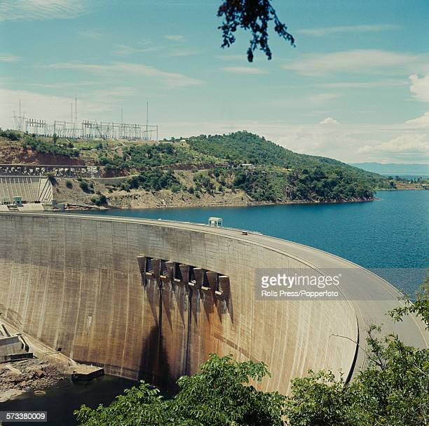 View of the Kariba hydroelectric dam located in the Kariba gorge on the Zambezi river between the countries of Northern Rhodesia and Southern...