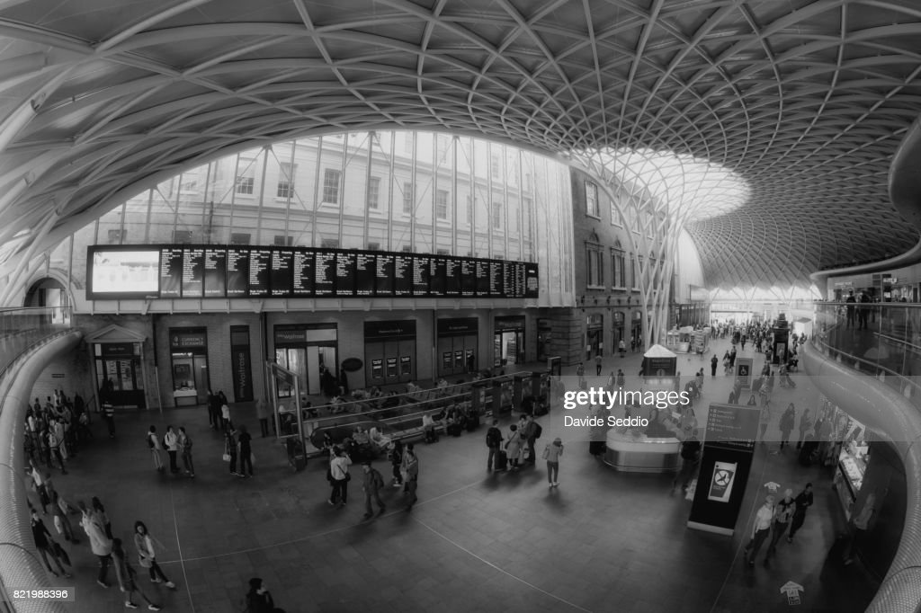 View of the Kingcross train station in London : Stock Photo