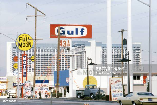 30 Top 1970s Gas Station Pictures, Photos, & Images - Getty