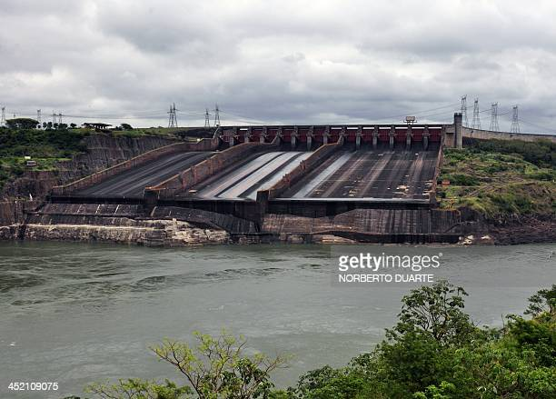 View of the locks at the Itaipu hydroelectric dam on the Parana river Alto Parana in the ParaguayBrazil border on November 16 2013 AFP PHOTO /...