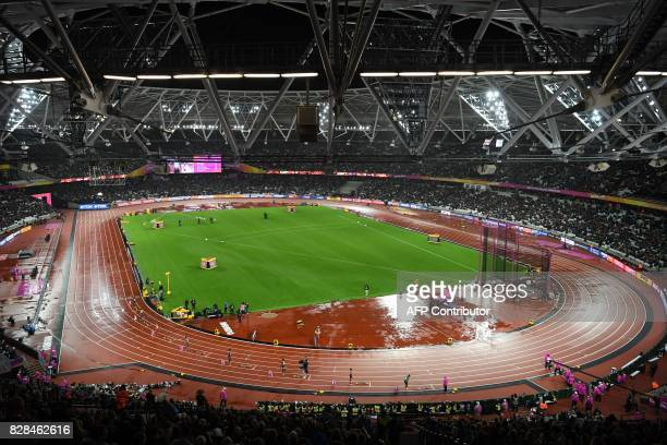 View of the London stadium during the 2017 IAAF World Championships n London on August 9 2017 / AFP PHOTO / ANTONIN THUILLIER