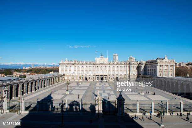 view of the main facade of the royal palace, madrid - royal cathedral stock pictures, royalty-free photos & images