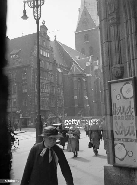 View of the Mönkebergstrasse from Karstadt Hamburg 1936
