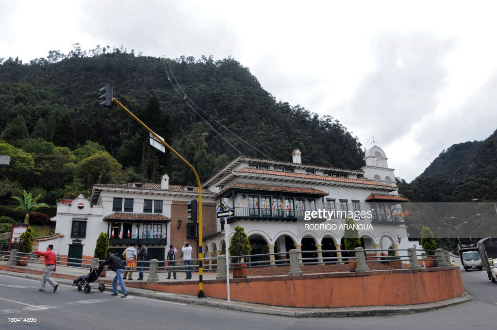 A view of the Monserrat Hill in Bogota on February 9, 2010. AFP PHOTO/Rodrigo ARANGUA /