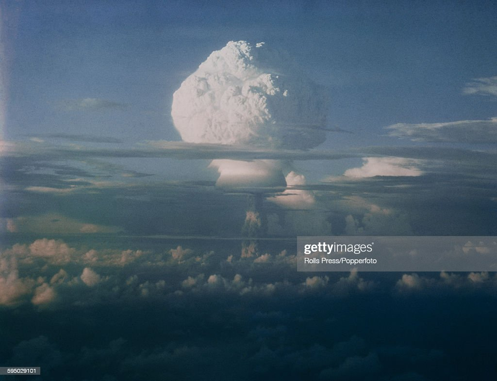 H-Bomb Test In The Pacific : News Photo