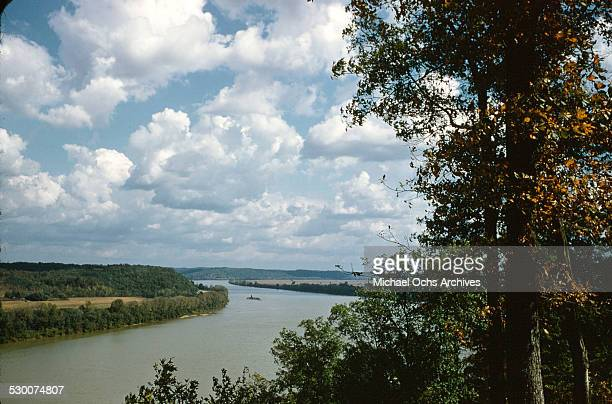 A view of the Ohio river running through Hawesville Kentucky