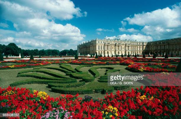 View of the Palace of Versailles , Ile-de-France. France, 18th century.