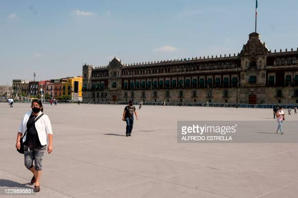 View of the Palacio Nacional in Mexico City on December 1, 2020 amid the COVID-19 coronavirus pandemic. - Mexico City's government reported that the...