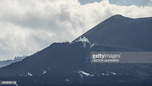 View of the Paricutin volcano in San Juan Nuevo in Angahuan community Michoacan State Mexico on January 24 2017 The town of San Juan Parangaricutiru...
