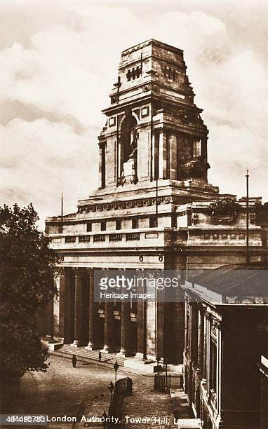 View of the Port of London Authority building Tower Hill London c1930 Established in 1908 the Port of London Authority has responsibility for the...