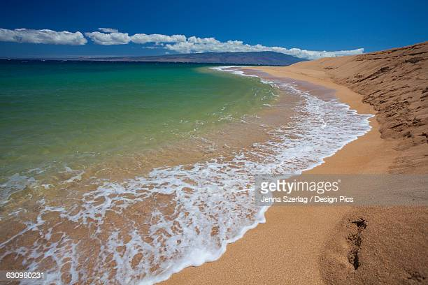 a view of the remote polihua beach - lanai stock photos and pictures