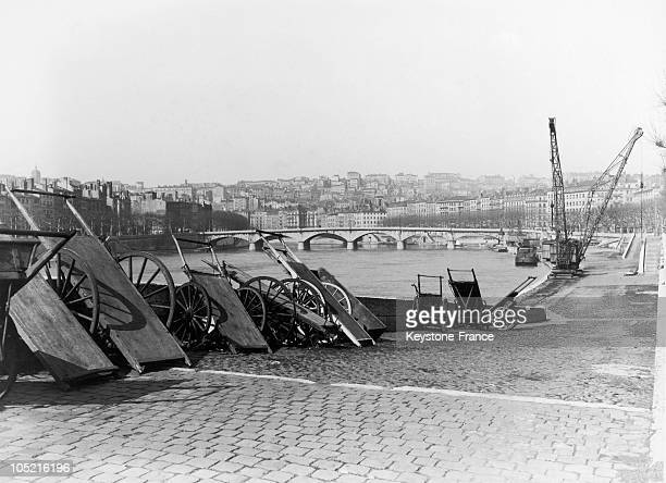 View Of The Rhône Banks And Bridge Wilson In Lyon In The 1930S.