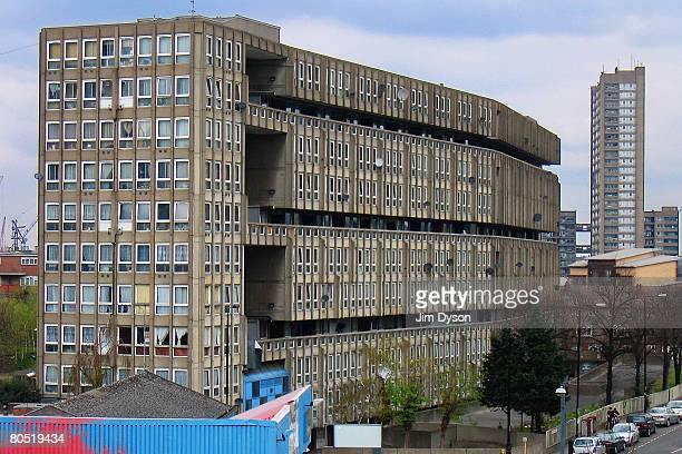 A view of the 'Robin Hood Gardens' housing estate in Poplar on April 3 2008 in East London England The 213 flat estate designed and built by famed...